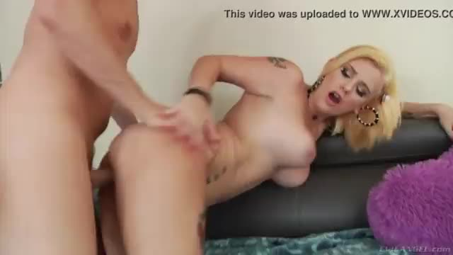 Rocker cock anal and rain summers first time birthday anal surprise