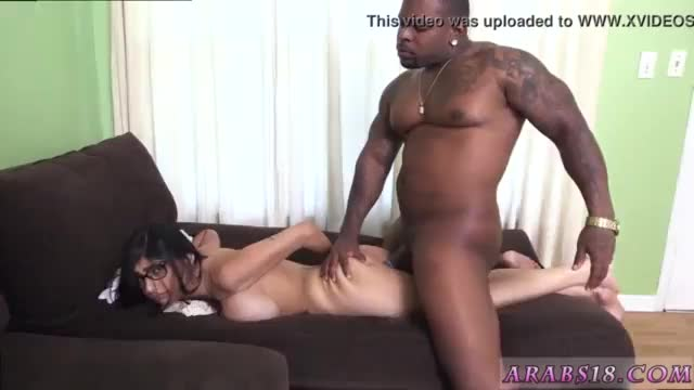 Muslim girl gangbang and whore mia khalifa tries a big black dick