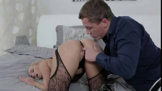 Strapon sexy babe fucking her boyfriend ass with strapon dildo