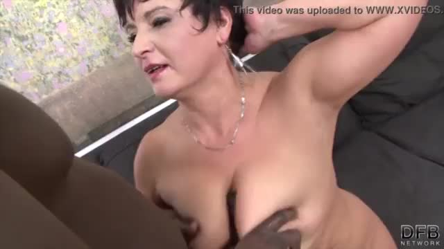 Granny hardcore fucked by black man in her tight ass sex