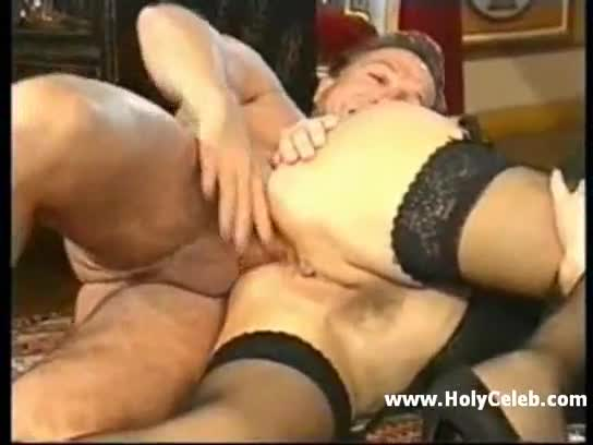 German hairy girls fisted in green stockings