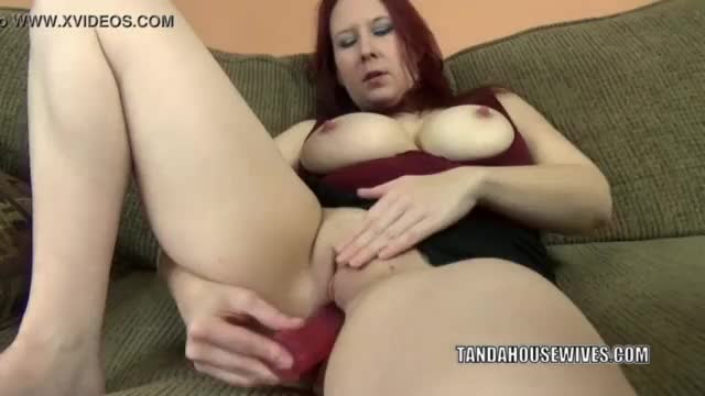 Teen lesbains in stockings uses dildo on tight pussy