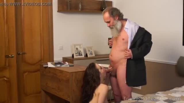 Old teacher with her beautiful natural boobs milana witchs