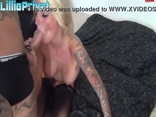 Lillie young one rubbing her pussy