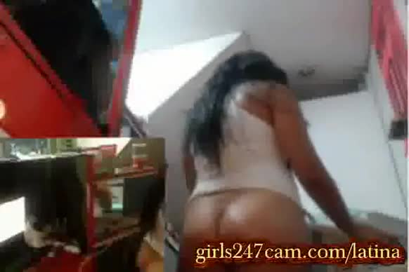 Latina at work masturbates more in this site