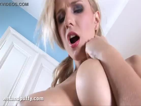 Perfect girl plays with herself