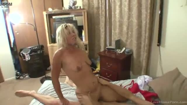 Sexy blonde gets fucked hard on the bed