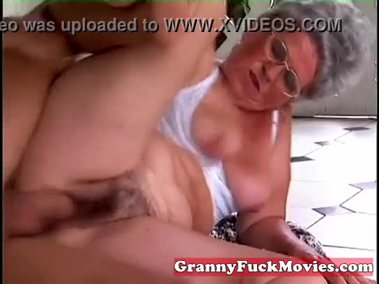 Naughty granny has her wet beaver plowed