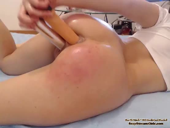 Extream anal penetration
