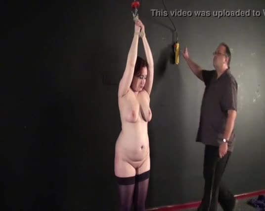 Teen amateur slaves breast whipping