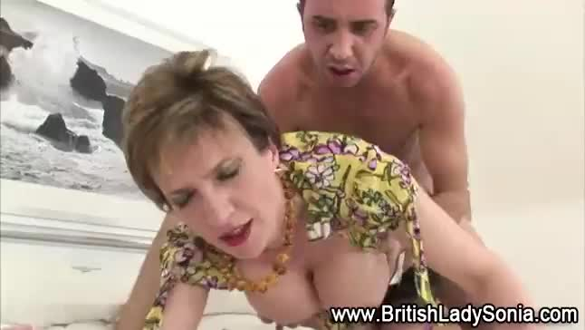 Adulterous british mature gill ellis flashes her huge knockers