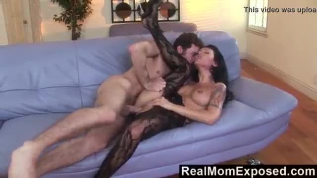 Mom squirting with being fucked in the ass porn