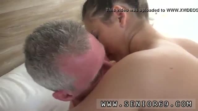 Teen anal dp hd xxx brittney witnesses johan through the window sleeping