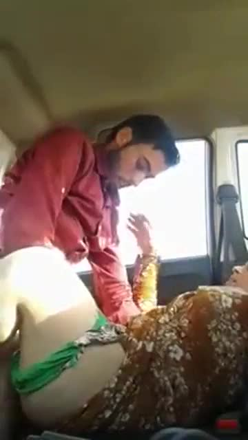 Desi aunty fucking with her bf in car bj fun from spicygirlcam