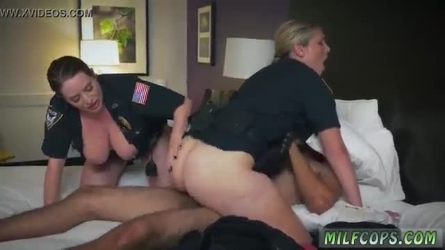Fun milf anal noise complaints make muddy