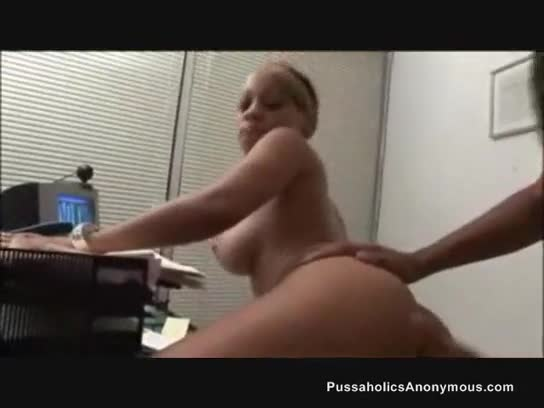 Dirty stud sucking long dong of coworker in office