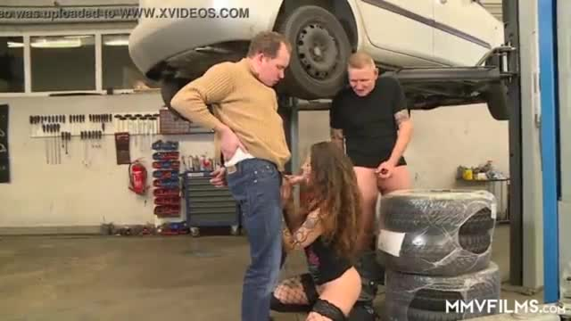 Big muscled mechanics yearn for dick to anal sex